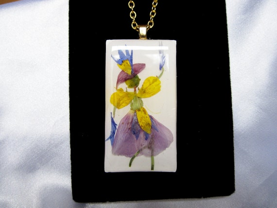 Pressed Flower Pendant, Dancing lady in Purple and Yellow,  Resin  (Flower Lady Series) (711)