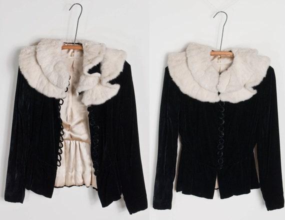 o n h o l d......................1930s / 30s vintage SCORCHED WINGS velvet jacket