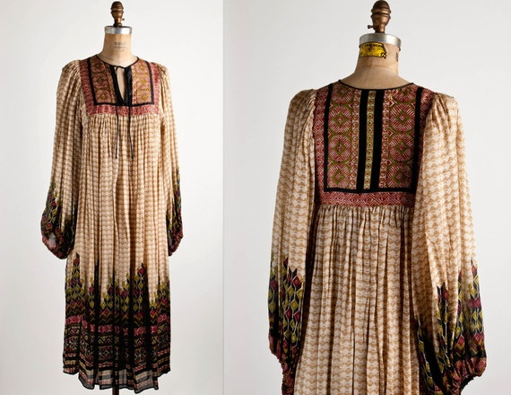 1970s / 70s vintage RAPTURE OF THE DESERT  dress