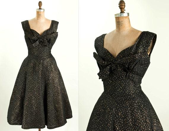 1950s / 50s vintage STREAK OF GOLD dress