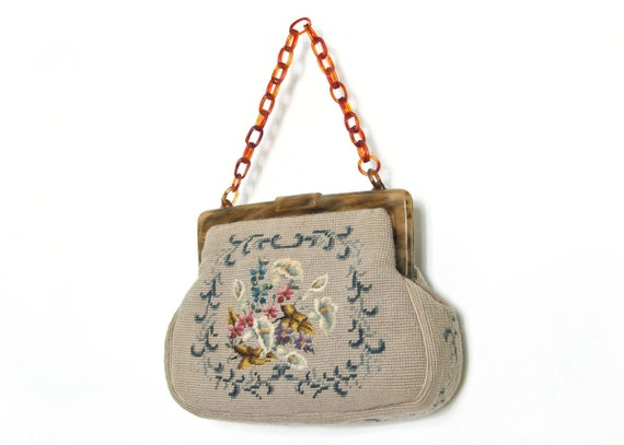 vintage 1950s / 50s purse -- needlepoint & chain strap