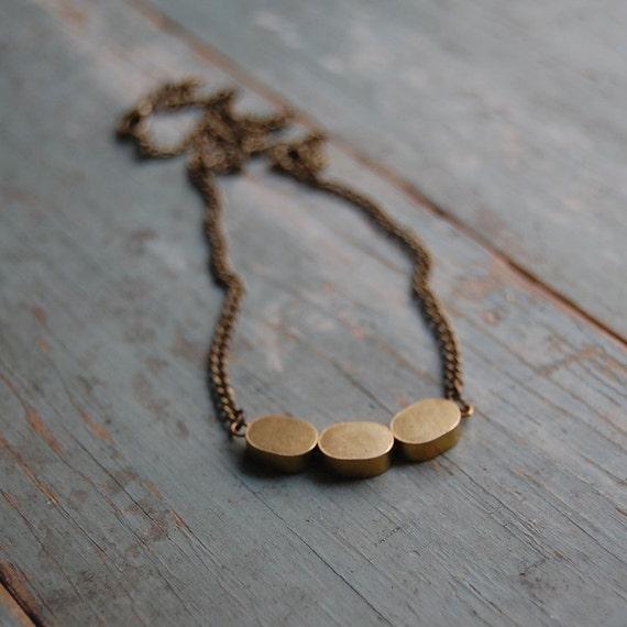 Short brass trio necklace