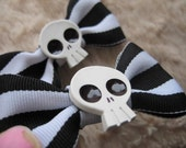 Black and white striped skull hair bow