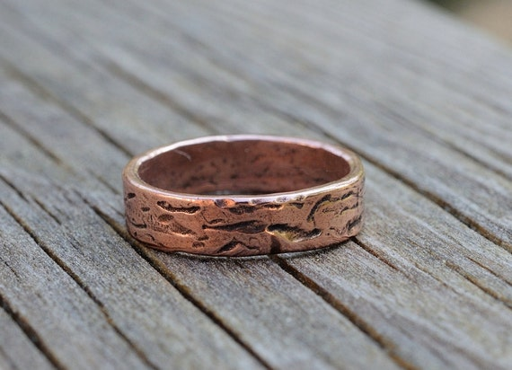 Squiggly copper ring