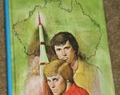 1976 Vintage Book, Hardy Boys, The Firebird Rocket
