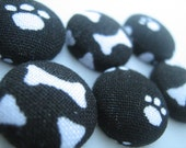 6 Paw and Bone Fabric Covered Buttons Size 24