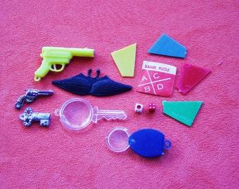 Vintage miniature  1970s Spy Collection Mini Toy Set Australian Cracker Jack