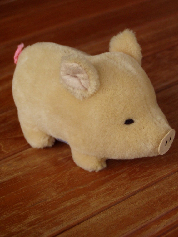 1981 Squeaky Pink Wool Pile Piglet Toy