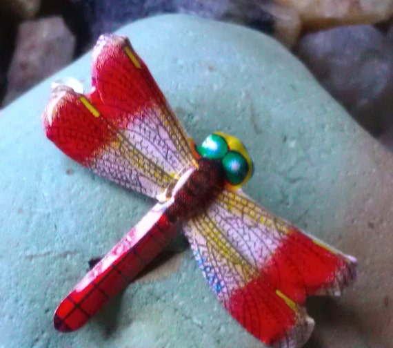 Vintage 1970's Recycled Tin Lithograph Japanese Red Dragonfly Brooch