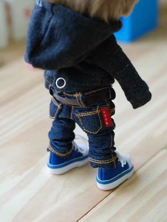 Lati yellow Pukifee Basic Blue Jeans