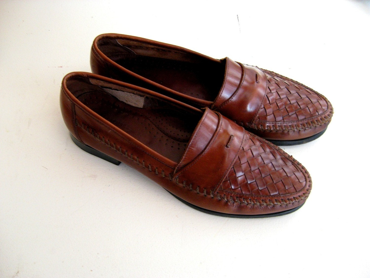 Loafers for Men. Men's loafers are a timeless staple that should be in every closet. Check your calendar, there's a loafer for every event! At Famous Footwear, we have so many options for you to find your perfect pair of loafers for any occasion.
