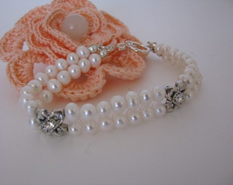 Simply Pearls Bracelet with White Fresh Water Pearls