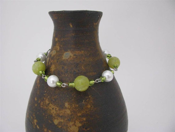 Meadow Bracelet with Pearls and New Jade Beads