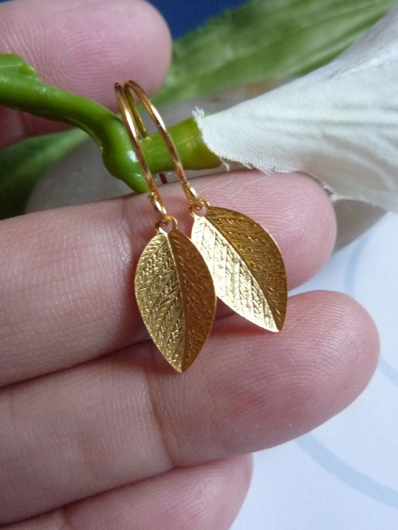 Simple Gold Leaf Earrings (Silver version is also available)