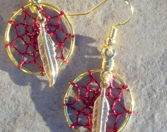 DREAMCATCHER EARRINGS  Red with gold feathers