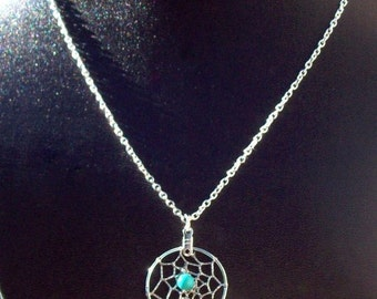 Dream catcher necklace in silver with Turquoise