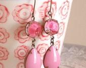 Vintage Bubblegum Pink Givre Rhinestone Glass Jewel Earrings