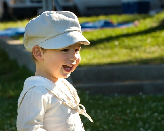 Organic Newsboy Cap for Kids, in your favorite color: yellow, blue, black, brown or red, Perfect for Family Pictures , under 50