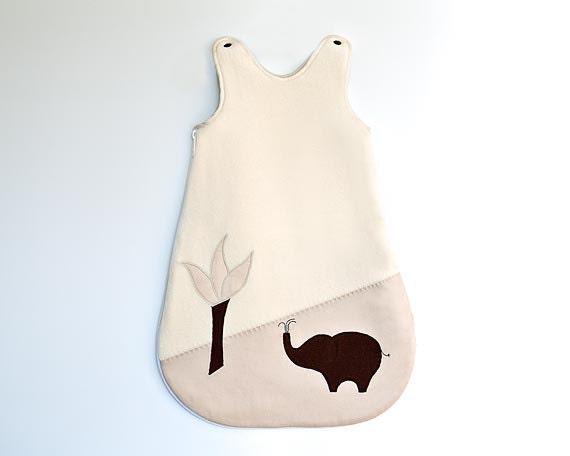Sleep sack with elephant decor. Brown beige sleeping bag for babies in organic cotton.