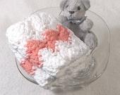 HOSTESS GIFT! 2 Wash Cloths Bright White with Peach Tea-Rose Stripes