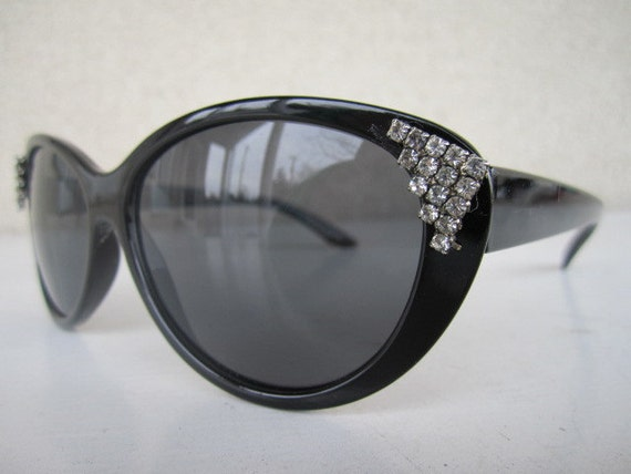 Vintage Inspired Black Cat Eye Custom Sunglasses with Crystal Accents