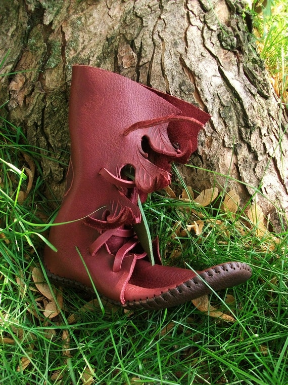 Redwood Elf Wrap Moccasin Hand Stitched Thick Bullhide Leather Upper With A Soft Bullhide Leather Sole / Hobbit Renaissance Faerie LARP