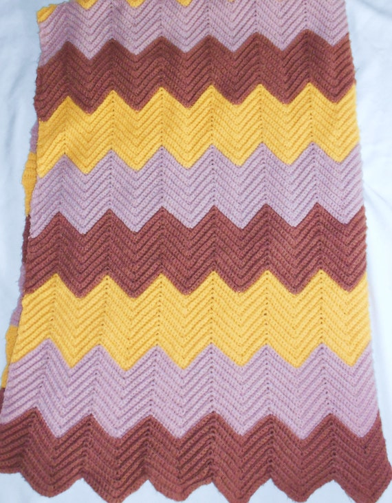 Vintage Afghan Blanket Retro Modern Chevron Zig Zag Design Tan Golden Yellow and Brown