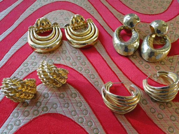 4 pair of vintage earrings