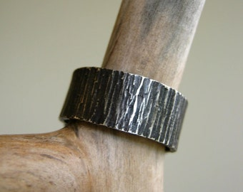 BIRCH Bark Texture Ring -Oxidized- Rustic Heavy 8mm WIDE Hammered Sterling Silver Band - Alternative Wedding Band