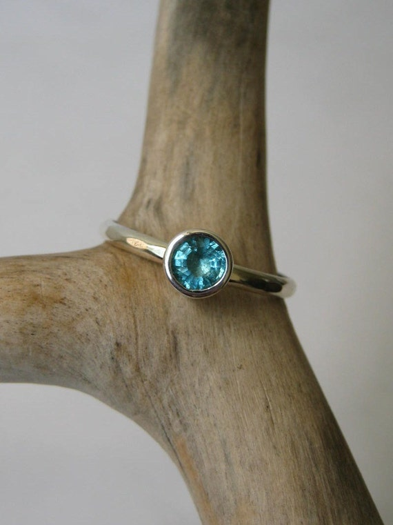 Teal Blue Apatite Stacking Ring - Sterling Silver