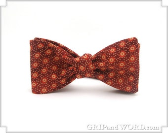 The Burton - Freestyle Red Dotted Bow Tie