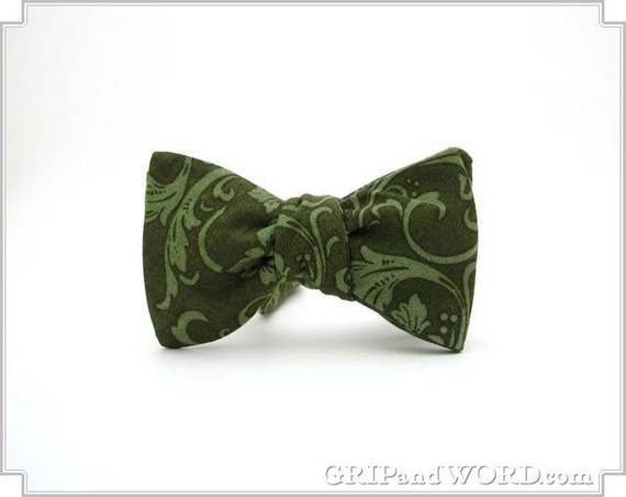 Freestyle Green Vines and Leaves Bow Tie
