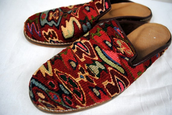 Beautiful Vintage Kilim Ethnic Woven Tapestry Flats - Size 7 1/2