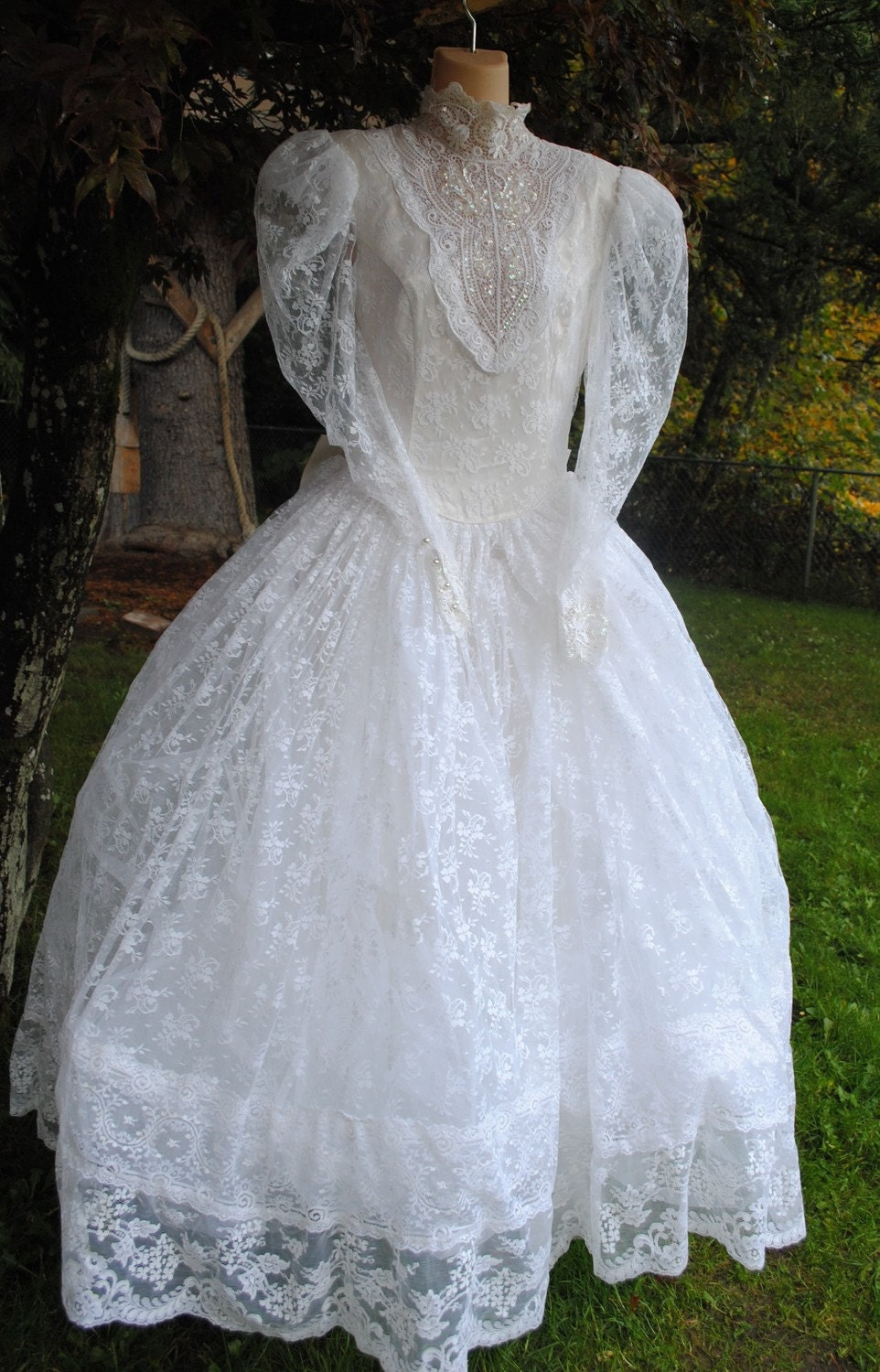 Perfect poof jessica mcclintock 80s wedding dress by for Jessica mcclintock wedding dresses outlet