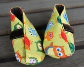 very cute baby booties with non skid sole