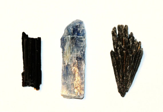 Black Tourmaline, Blue Kyanite, Black Kyanite, Raw Healing Crystal, Wire Wrapping Minerals, Quartz Crystals, Inv. 1