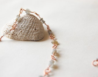 Long delicate necklace with Labradorite and Copper