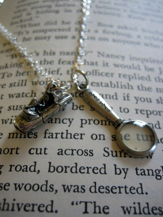 Sleuth Necklace