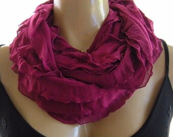 Beautiful Magenta ruffled infinity scarf  Cowl Flamenco Necklace Scarf-Le dernier cri