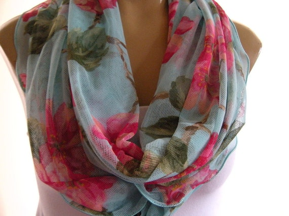 Last one..Aqua Breeze...Summer Nomad Cowl ...Infinity scarf.....Tulle.....Relaxed version
