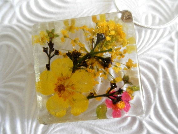 Sunkissed Garden-Pressed Flower Square Resin Necklace-Pendant with Buttercups, Bridal Veil, Basket of Gold Alyssum-Nature's Wearable Art