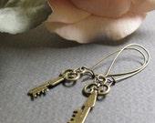 To Keep - Dangle Earrings, Antique Gold Brass, Skeleton Keys, Victorian Steampunk, Vintage