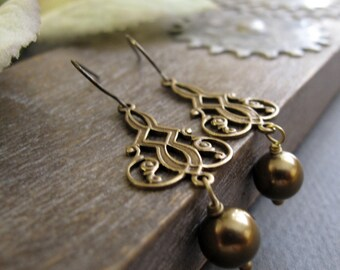 Antique Gold Filigree Earrings, Vintage Inspired Pearl Earrings, Brass Dangle Earrings Bridal - ROCOCO