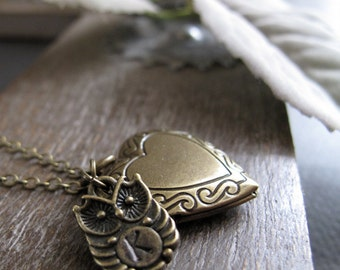 Owl Necklace Locket, Personalized Necklace Initial Charm Locket, Antique Gold Heart Locket - WITTY OWL