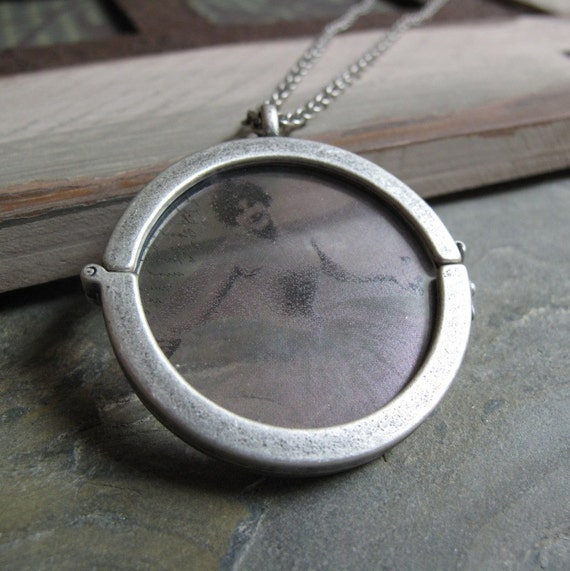 Glass Locket, Large Round, Antique Silver, Clear Glass Picture, Vintage Style, Long 28 Inch Chain - TRANSPARENT