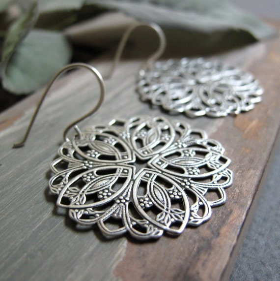 Round Filigree Earrings, Sterling Silver Earring Mandalas, Celtic Design Vintage Inspired Earrings - MANDALA