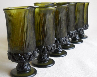 vintage- Awesome green goblets