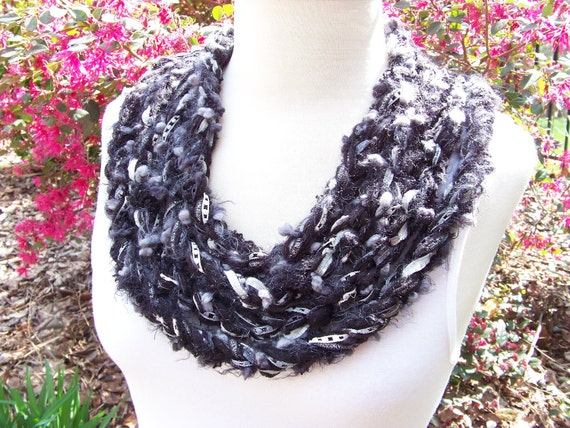 Infinity Chain Scarf..Black and Gray Unisex Scarf