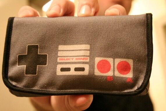 NES Controller Nintendo 3DS / DSi / DS Lite Case