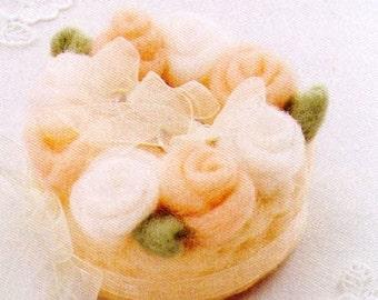 My Best Wishes. Needle Felt Wool Rose Wedding Cake - Japanese DIY craft kit